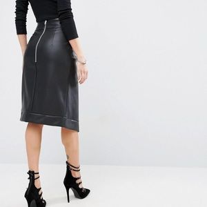 ASOS Faux Leather Wrap Skirt// Perfect For Fall!